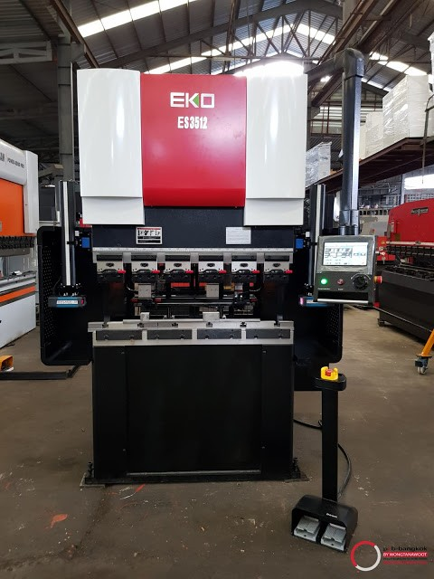 Wongtanawoot___electric-press-brake_eko_1-1