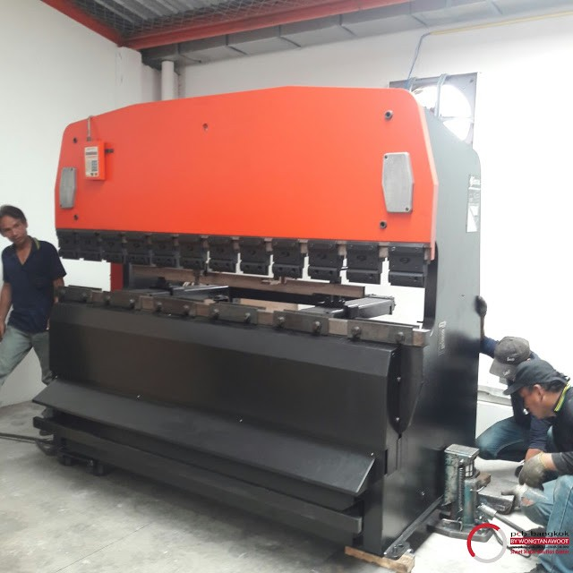 Wongtanawoot___press-brake_amada_1